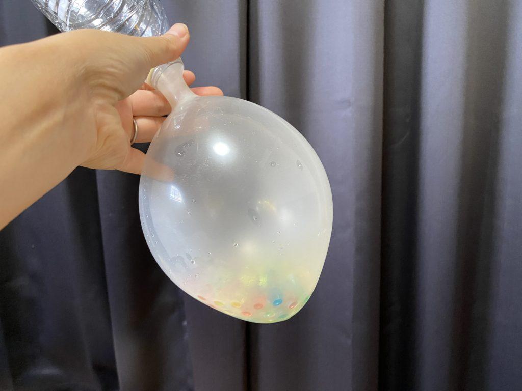 キャンドゥの「ふしぎな実験キット(やわらかいプニョボール)」